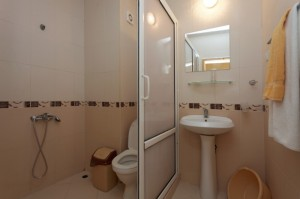 баня-и-тоалет-хотел-ведрен