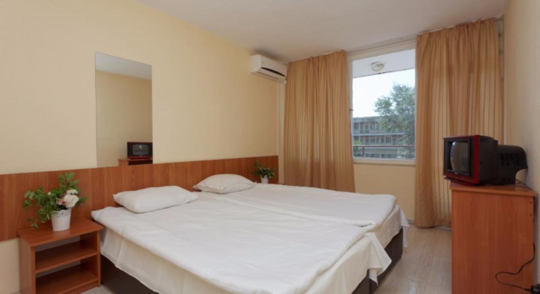 хотел-ведрен-стая-две-легла